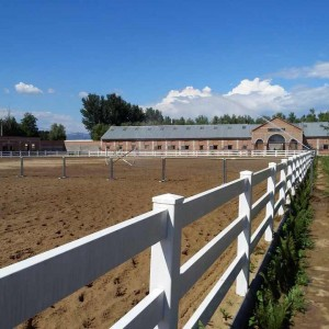 3 Rail Vinyl Horse Fence With Heavy Rail