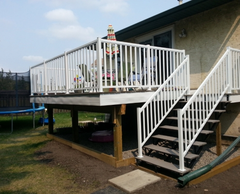 CSW White Wide Picket Railing