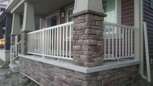 Cream Wide Picket Railing