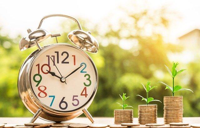 time-money 2696234 640